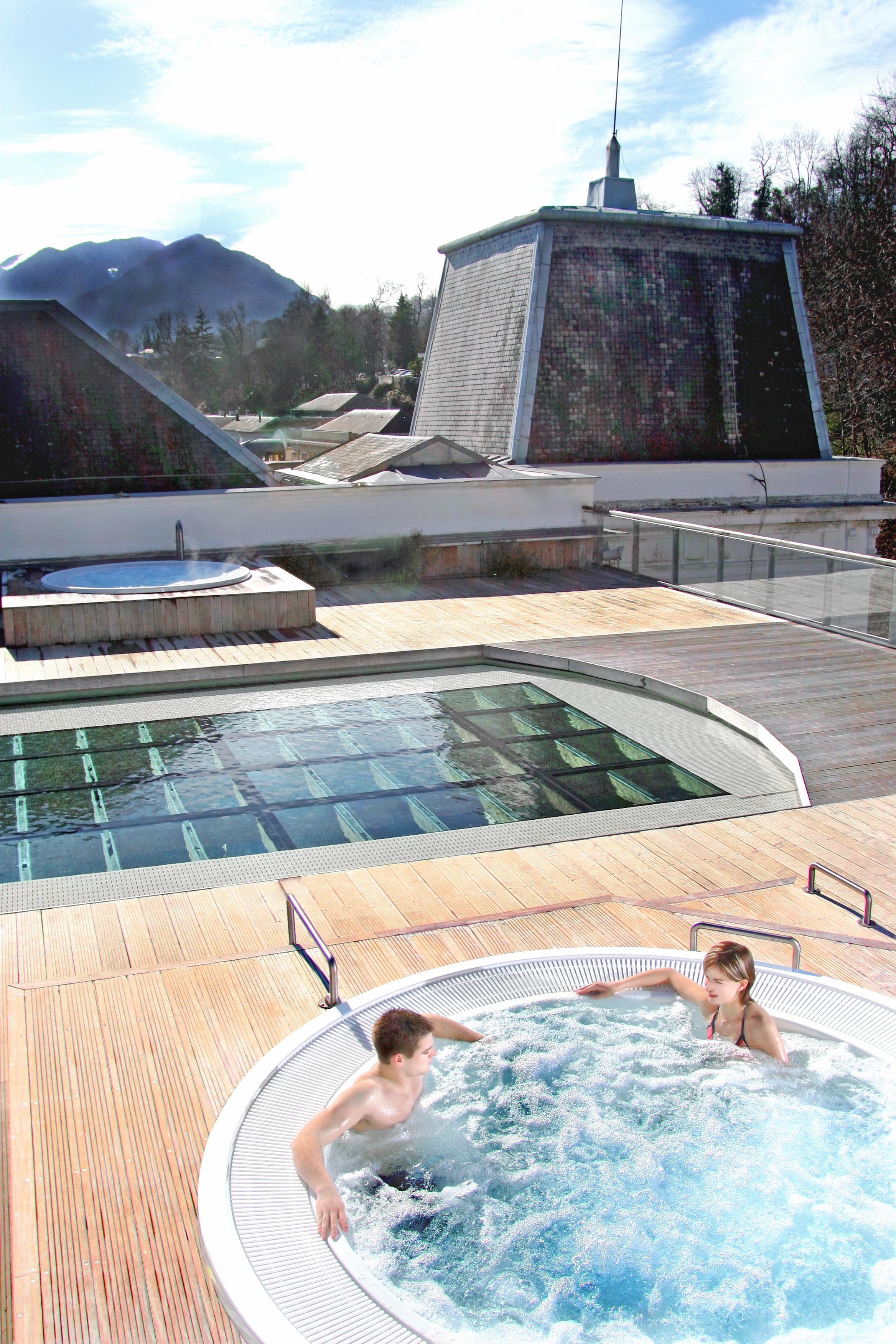 Cure thermale et d tente aquensis for Terrasse exotique et depaysante